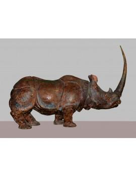Terre cuite patinée ----- 54 x 64 x 16 cm. 'Rhinocéros.'